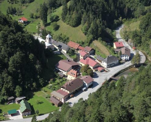 Schwarzenbach Vogelperspektive